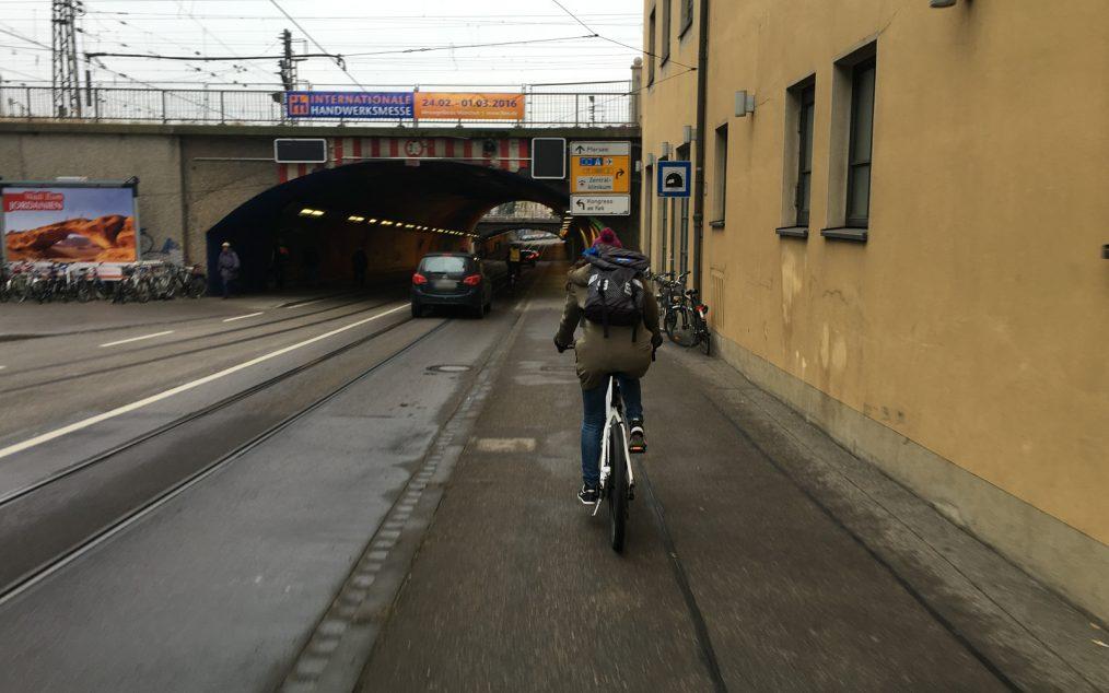 fahrradspur indirekt linksabbiegen
